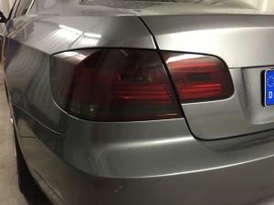Autofolierung-folie-folieren-folierung-Car-wrapping-auto-folieren-rückleuchten-tönunt-rückleuchtentönung-rückleuchtenfolierung-BMW-e90-e91-e92-e93-Scheinwerfer-Rückleuchten-tönung